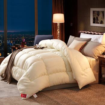 南極人は芯家紡によって保温されます。春冬布团の繊维温度调节挂け布団四季绵は学生シゲル寮の布団にかけます。