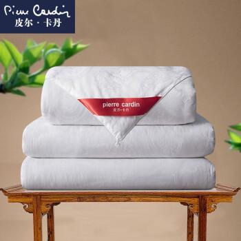 ピルダックは100%桑蚕糸で大提花布団にコアダンベル蝉糸で白い総重量は約3.3 kgで200*230 cmです。